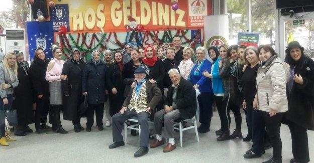 BALKADER Bursa'dan Huzurevi Sakinleriyle Yeni Yıl Kutlaması