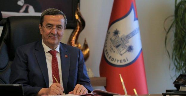 """Batur """"Başkanlar Sözleşmesi""""ni imzaladı"""
