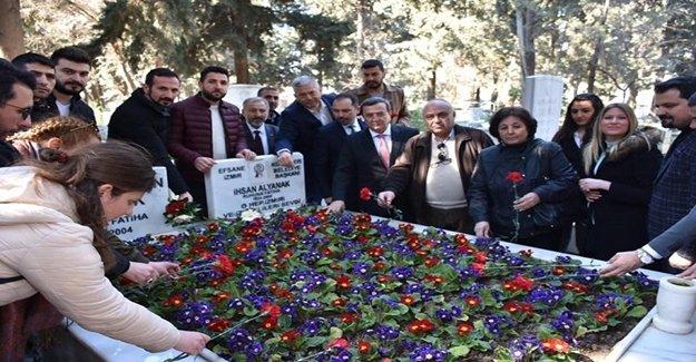 Batur, Efsane Başkan Alyanak'ı mezarı başında andı
