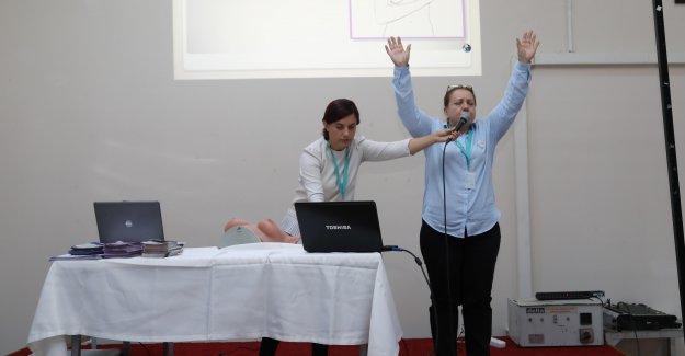 Bayraklı'da kadınlara meme kanseri eğitimi