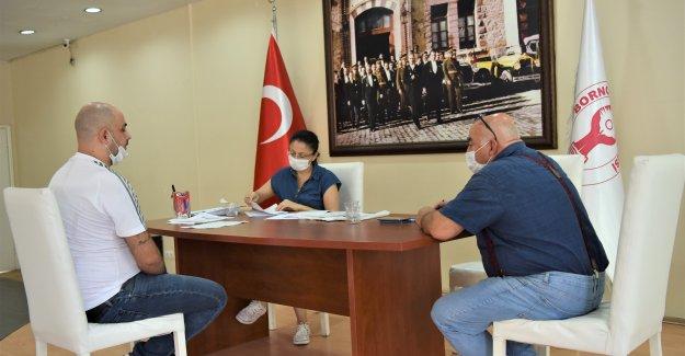 Bornova Belediyesi işverenler ile iş arayanları biraraya getiriyor