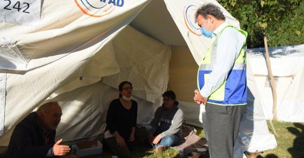 Bornova depremzedeler için tek yürek oldu