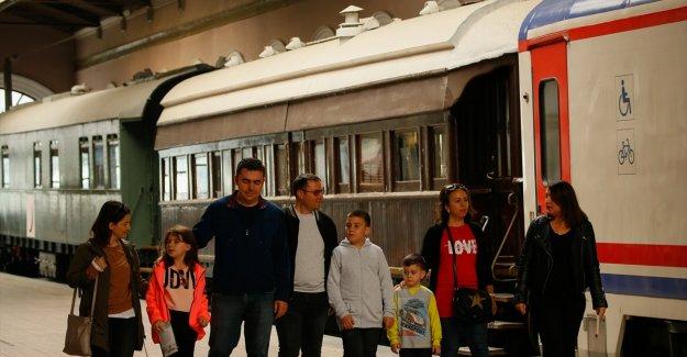 Bulgaristan'dan göçün sembol yüzleri 30 yıl sonra buluştu