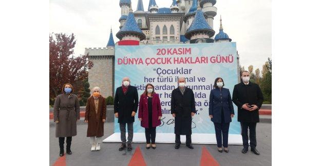 """CHP'DEN """"ÇOCUK HAKLARI"""" GİRİŞİMLERİ"""