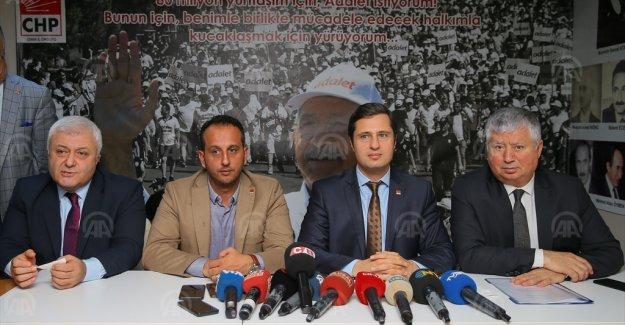 CHP'den FETÖ suçlamasıyla tutuklanan Urla Belediye Başkanı Oğuz'a destek