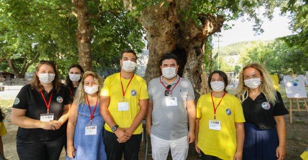 CHP Genel Başkanı Kılıçdaroğlu, Kızılçullu gençlerini tebrik etti