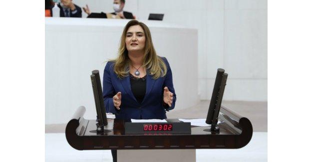 """CHP İzmir Milletvekili Av. Sevda Erdan Kılıç: """"13 yaşındaki kız çocuğunun ideallerinden korkuyorlar"""""""