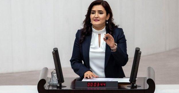 """CHP'li Av. Sevda Erdan Kılıç: """"Kadınlara 'it' diyen ortaokul müdürünün yeniden görevde olması ve bu zihniyetin eğitimci olması kabul edilemez"""""""