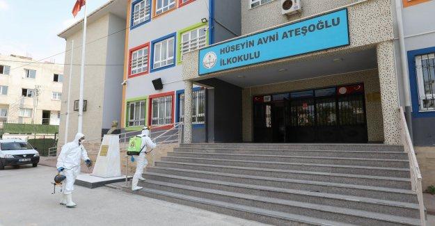 Ders başı öncesi okullara dezenfekte çıkarması