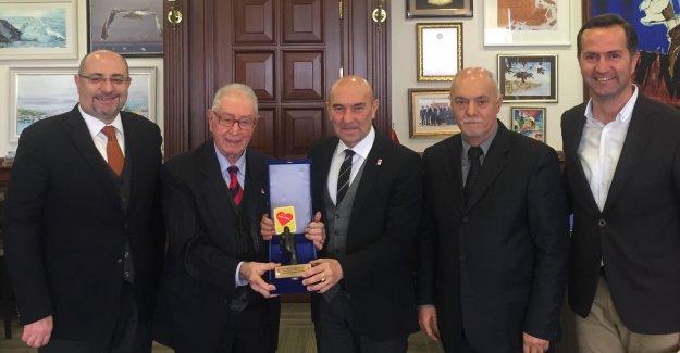 Dünya Fair Play Karikatür Yarışması'na İzmir Büyükşehir Belediyesi'nden büyük destek...
