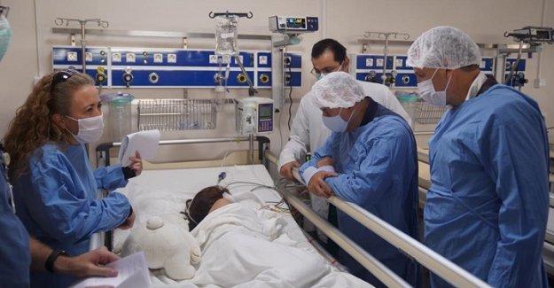 EÜ deprem yaralarını sarmaya devam ediyor