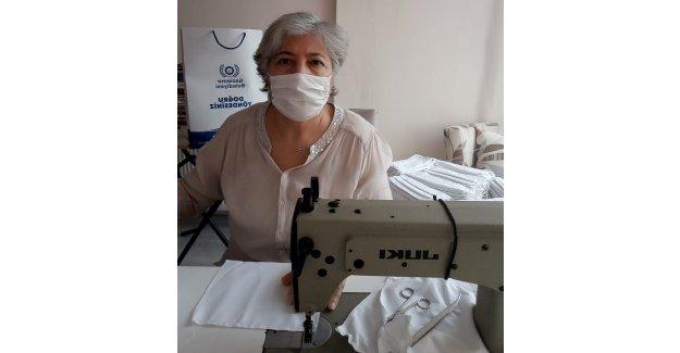 Gaziemirli kadınlardan maske seferberliği