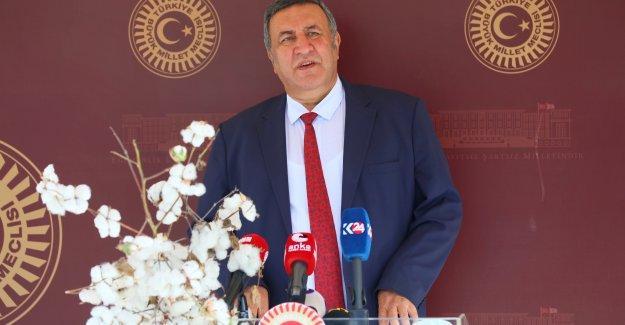"""Gürer: """"Cumhuriyet eşit yurttaşlığın doğuşudur"""""""