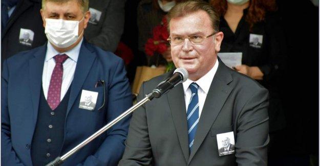 Hollanda'ya bir kınama da Büyükşehir Meclis Üyesi Atilla Baysak'tan geldi