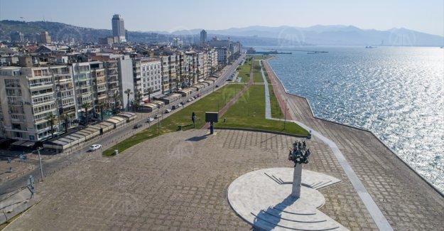 İzmir, Aydın, Denizli ve Manisa'da yasağın ardından sokaklar boş kaldı