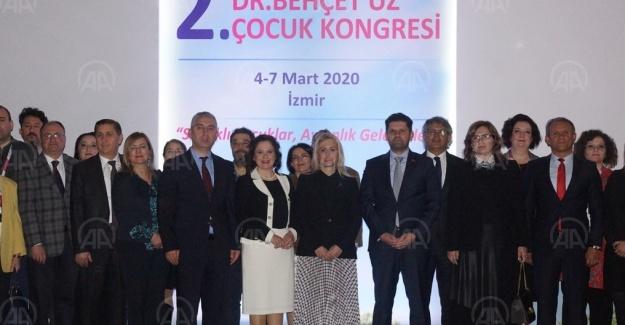 """İzmir'de """"2. Uluslararası Dr. Behçet Uz Çocuk Kongresi"""" düzenlendi"""