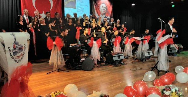 İzmir Demiryolcu Korosu'ndan Türkü Konseri