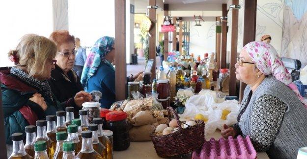 Karaburun'un kadın emeği MaviBahçe'de