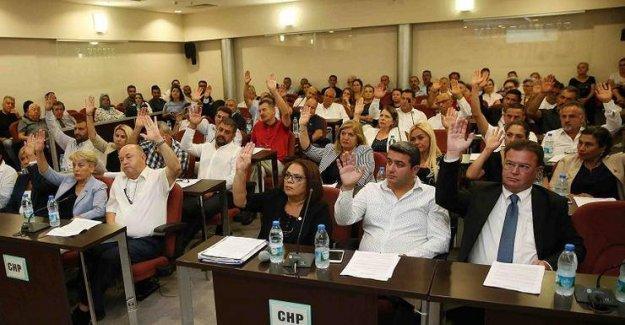 Karşıyaka Belediyesi CHP Grubu'ndan AKP İlçe Başkana cevap gecikmedi; 'Yapılan açıklama yalan ve iftiradır'