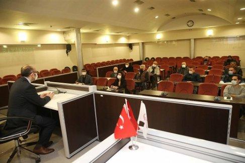Karşıyaka Belediyesi hafriyat firması temsilcileri ile bir araya geldi