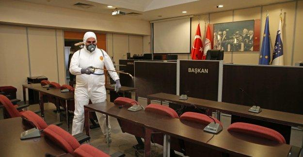 Karşıyaka Korona Virüs için alarma geçti