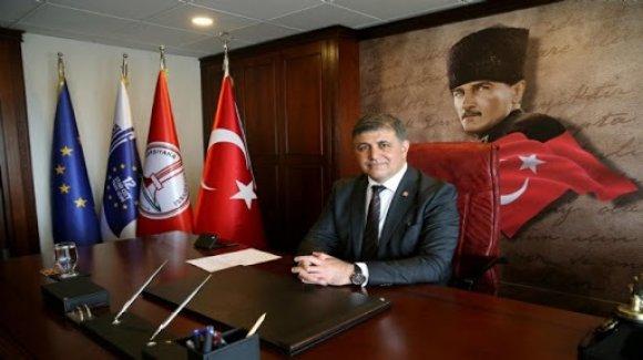 Karşıyaka stadı için Bakanlığı bekliyoruz!