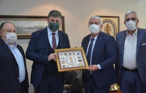 Karşıyaka'da Belediye-Esnaf işbirliği…