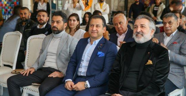 Kiğılı, Göztepe'nin resmi giyim sponsoru oldu