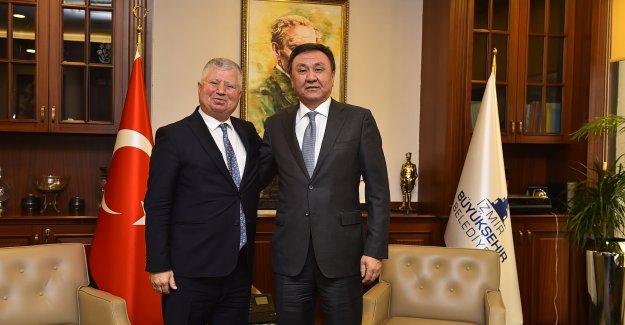 Kırgızistan Büyükelçisi'den Büyükşehir'e ziyaret