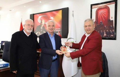 Makedonya Göçmenleri'nden Saruhanlı Belediye Başkanı Bilgin'e ziyareti