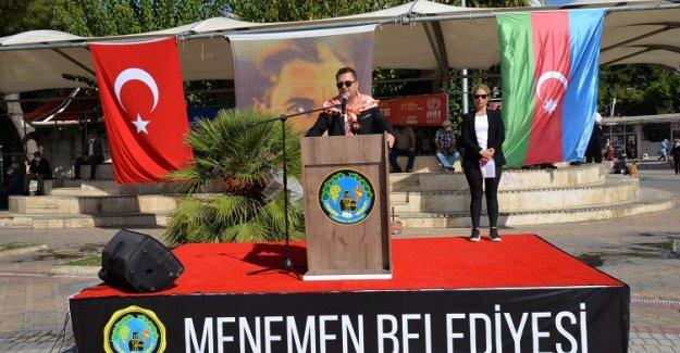 """Menemen'den Azerbaycan'a """"Yanınızdayız"""" mesajı"""