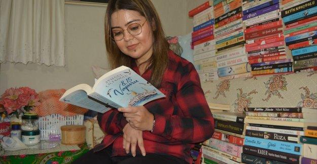 Okuma alışkanlığıyla engelini aştı