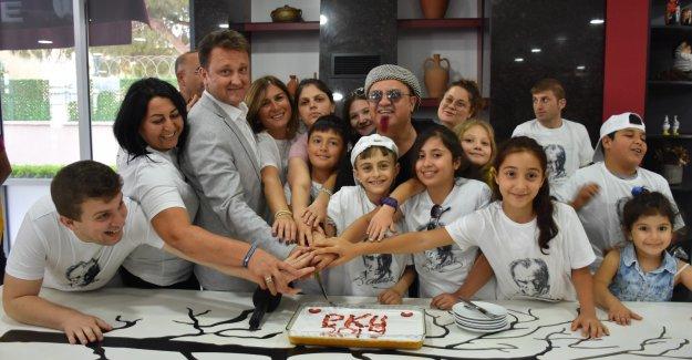 """Serdar Aksoy: """"Fenilketonüri ile ilgili farkındalık yaratmak istiyoruz"""""""