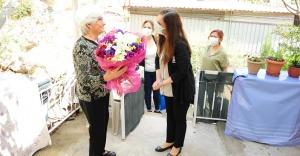 Anne Başkandan Annelere ziyaret