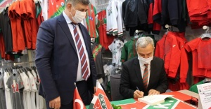 'Atatürk Karşıyaka'da' İçin İmza Günü Gerçekleştirildi!..