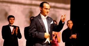Atatürk Oratoryosu ayakta alkışlandı
