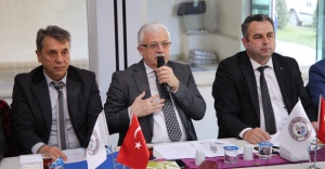 Burhaniye Belediye Başkanı Ali Kemal Deveciler muhtarlara seslendi