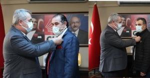 CHP Karşıyaka'dan iki önemli üye kaydı