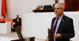CHP'li Beko: Eczane Teknisyenlerinin aşı olmasının önündeki engelleri kaldırın!