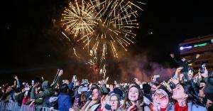 İzmir'de yeni yıl coşkusu