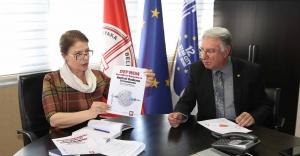Karşıyaka'da 'deprem ve kentsel yenileme' zirvesi
