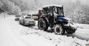 Marmara'nın güneydoğusu ile Eskişehir ve Kütahya'da kar yağışı