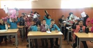 NEŞELİ ELLER 'KASTAMONU ŞENLİK KÖY'E UZANDI