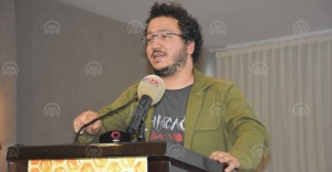 """TÜBİTAK uzmanı Doç. Dr. Oytun Erbaş: """"Bal anti mikroptur"""""""