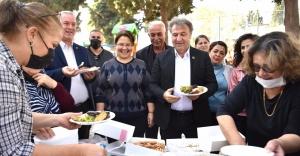Yenilenen parkta başkanla piknik