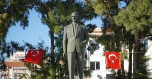 Ayvalık Belediye Başkanı Mesut Ergin COŞKUYU YÜREĞİMİZDE YAŞIYORUZ