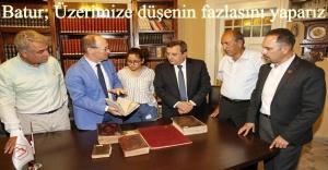 Başkan Batur'dan Milli Kütüphane'ye Tam Destek