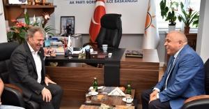 Başkan İduğ'dan AK Parti'ye hayırlı olsun ziyareti