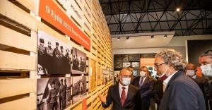 Başkan Soyer İzmirlileri İstiklal Sergisi'ne davet etti