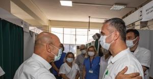 Başkan Soyer, üçüncü doz aşısını oldu